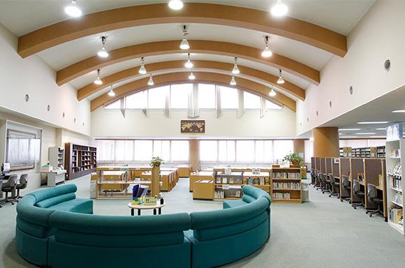 メディアセンター(図書室)