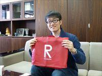 東大合格の留学生 張 天鴻(ちょう てんこう)君が来校しました
