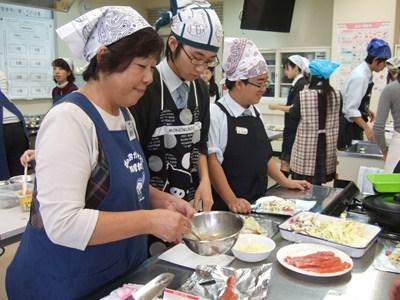 浜のお母さん料理教室が開催されました